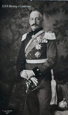 Don Fernando-Pío de Borbón-Dos Sicilias, Duque de Calabria, LII (XVIII) Gran Maestre (1934 – 1960)